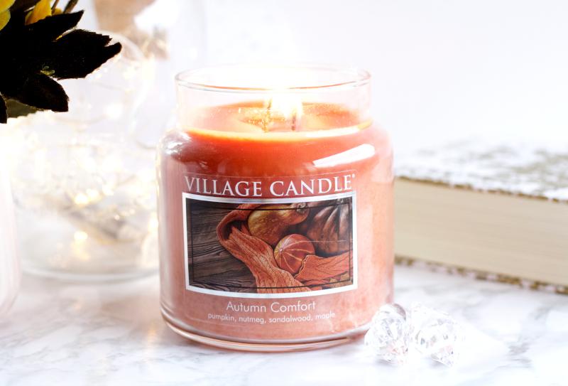 La bougie Autumn Comfort de Village Candle