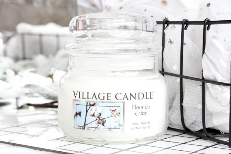 Fleur de coton : La bougie poudrée de Village Candle