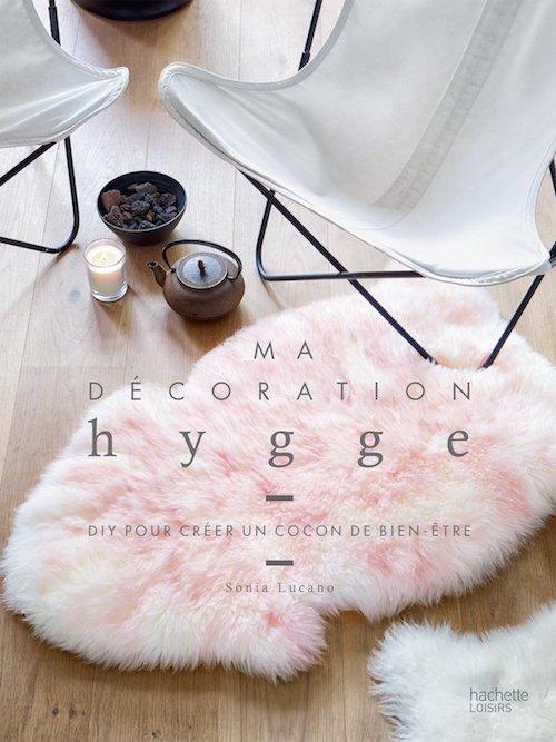 Des livres et de la d co hygge pour un automne tout en for Decoration hygge