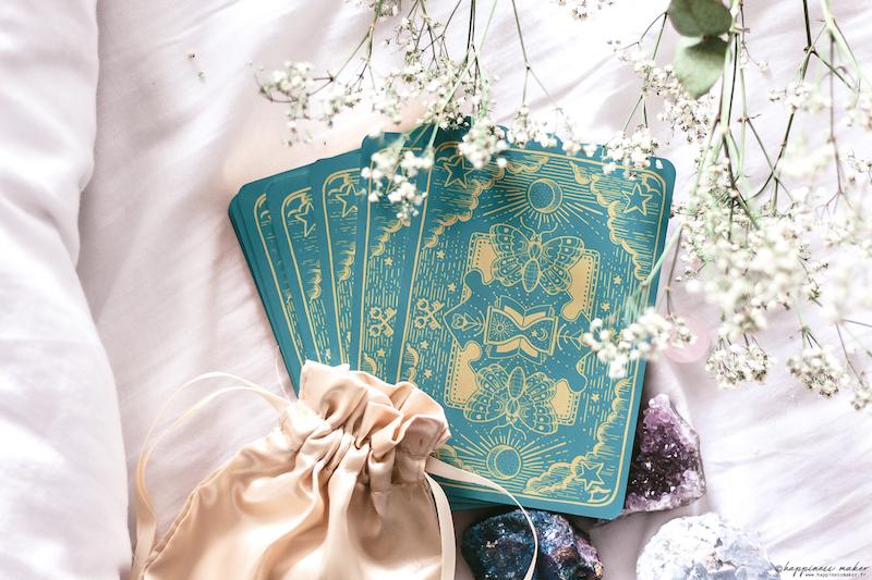 petit grimoire aux grands pouvoirs oracle enfants dos cartes magiques
